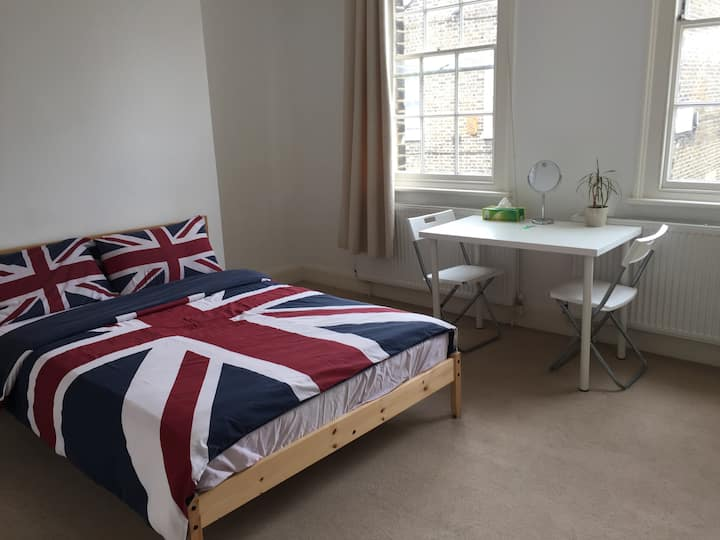 5. Charming room in Central London