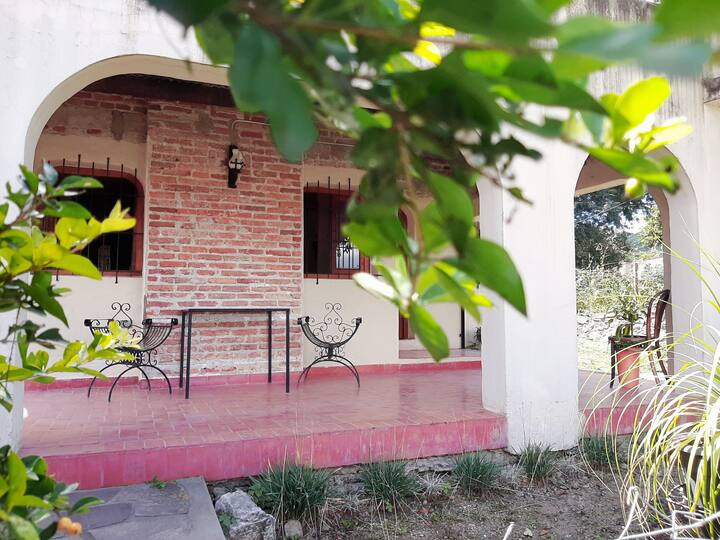 HOME- OFFICE . Alquiler temporario Los Perales