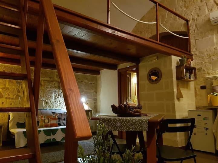 B&b casa vacanza Porto di Trani, info 3471399102