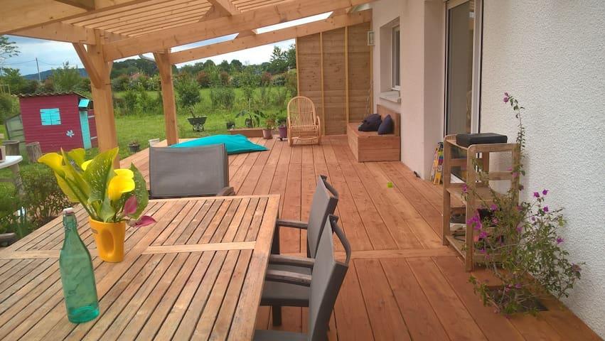 Belle grande villa neuve jardin et terrasse - Sauveterre-de-Béarn - Villa