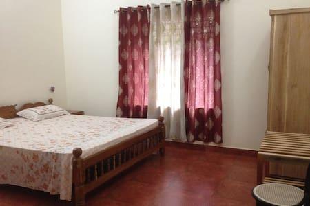 Kollur Mookambika - Farmstay room in Jadkal