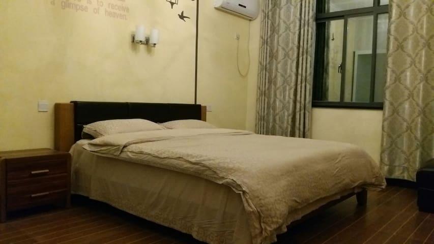 安吉乡野居茶园山景温馨大床房 - Huzhou - Pis
