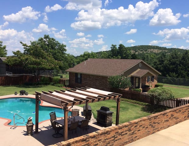 Home with Pool near Ft. Sill & The Wildlife Refuge