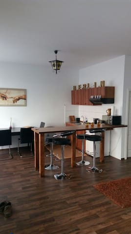 Loft in a former book store. 46 m2. Unusual&kitchy - Berlin - Loft
