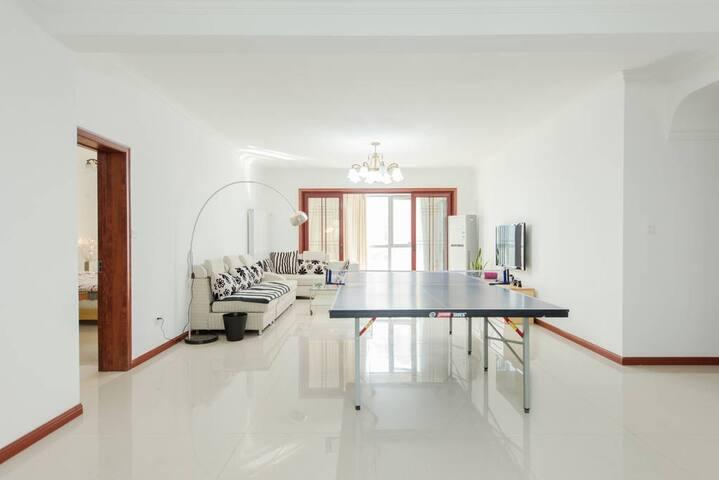 2房公寓毗邻惠山古镇、锡惠公园、古运河,精装大平层(FREE PARKING) - Wuxi - Wohnung