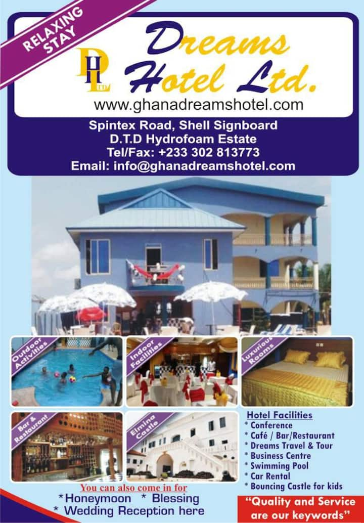 Rooms and pool services