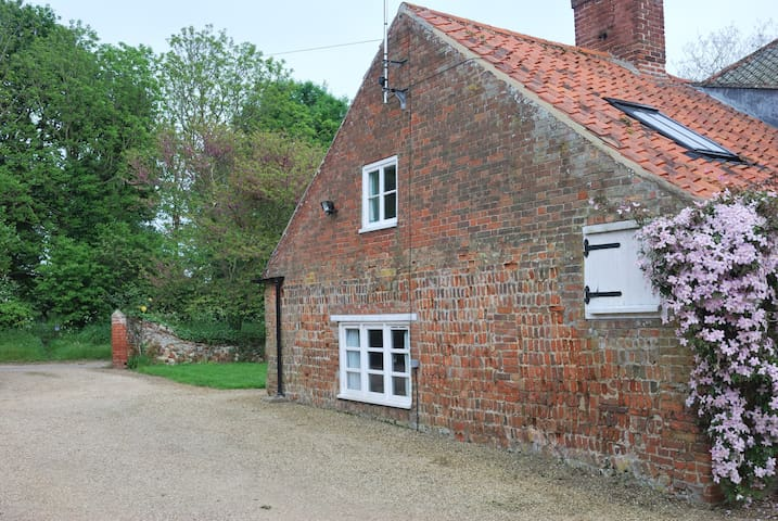 Leith House, Burnham Overy Town