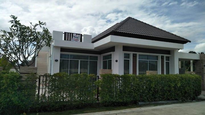 Hua Hin, Suchawalai Hills, House 2(3) bedrooms