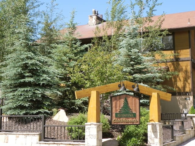 Red Pine Canyons Condo
