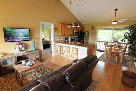 Fairway Villa #406- Rumbling Bald Resort - Lake Lure