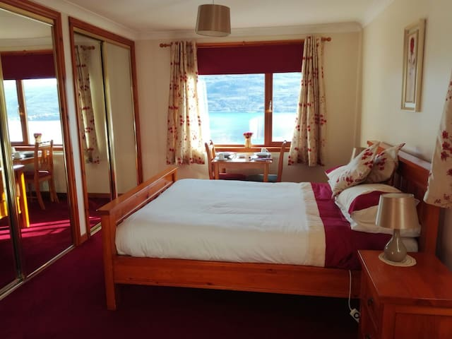 Fair Morn Bed & Breakfast - Room with a view - Ullapool - Bungalo
