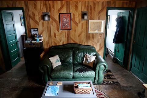 Mirror Lake Hwy Adventure Cabin - Near Park City
