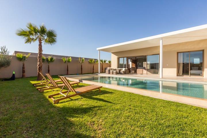 Villa contemporaine 0 vis a vis Piscine chauffée 6
