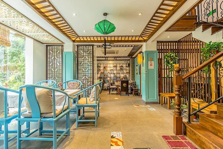 杭州灵隐寺家庭客栈靠近西湖的中式两居室带独立卫生间