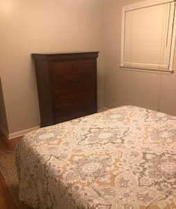 Furnished Room in West Ann Arbor