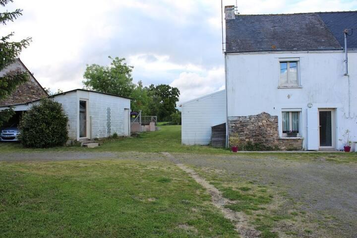 Petite maison au calme en campagne