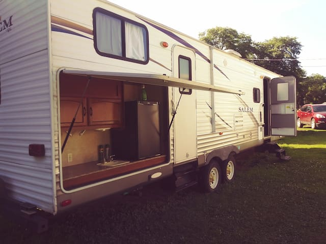 Large Camper w/ bunks