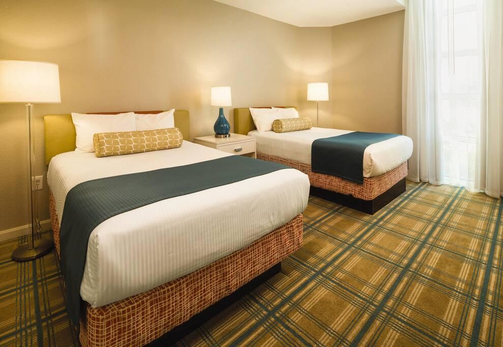 Wyndham Vacation Resort Ocean Boulevard bedroom
