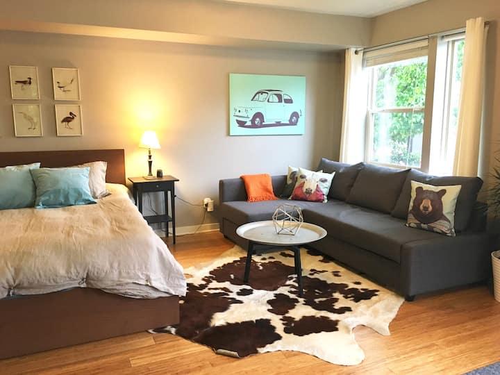 Bright, modern suite, close-in NE