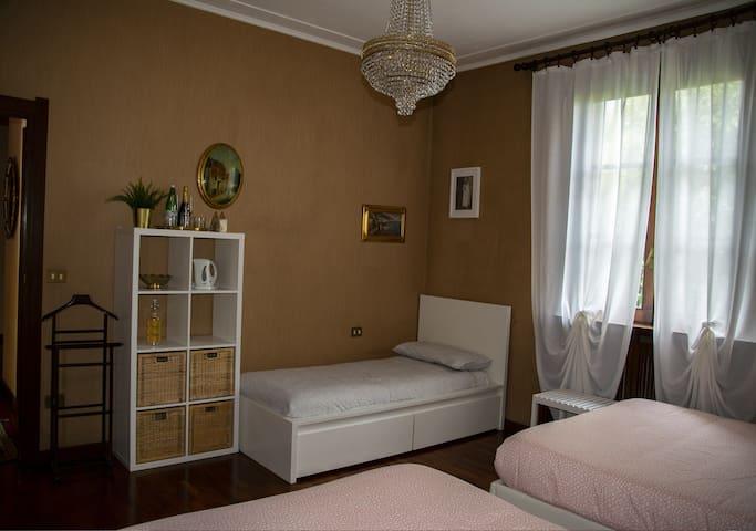 Principi della Spina Hotel Room style - Suite#4