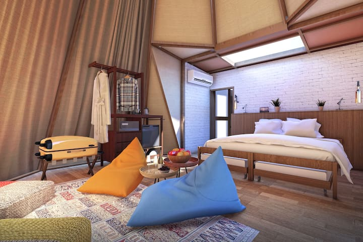 Teepee-style Tent - Bedroom Customisable bedding for up to 4 guests