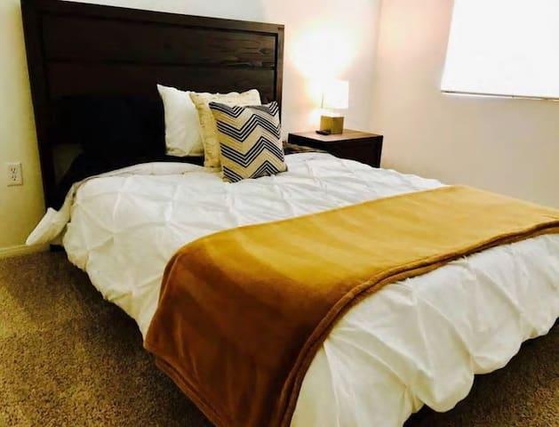 Modern,LAX, SilliconBeach one bed with priv. bath - Los Angeles