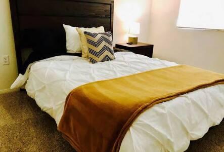 Modern,LAX, SilliconBeach one bed with priv. bath - Los Angeles - Byt