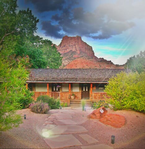 Lovely B&B close to Zion National Park! - Springdale - Oda + Kahvaltı