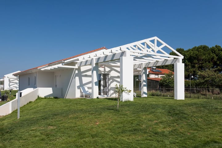 White Villas - Beach Villa