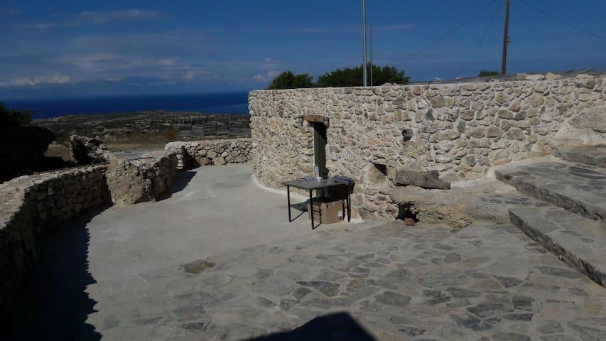 Kalypso_casa (la casa di pietra)