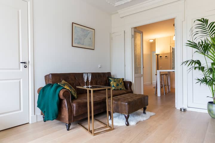 2BDR Guest Suite @Amsterdam Centre * Walk Anywhere