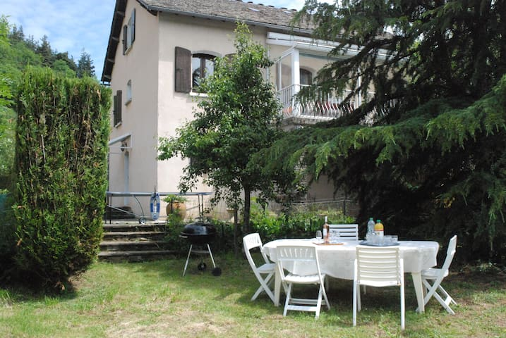 Villa 7 pieces Les Clauzels - Bagnols-les-Bains - Huis