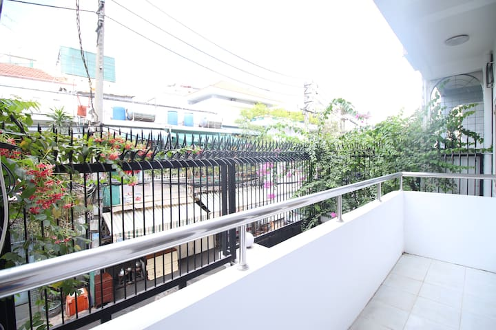 Big, Bright and Beautiful Balcony with Green Garden View