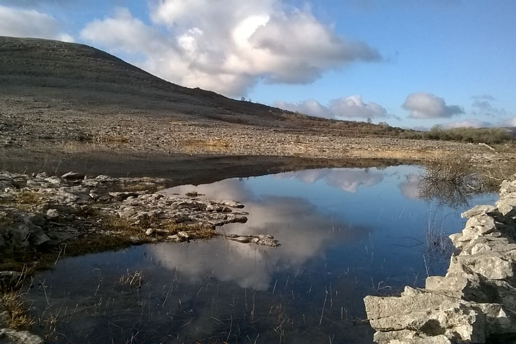 Mountains 5 mins walk from Burren Holiday let