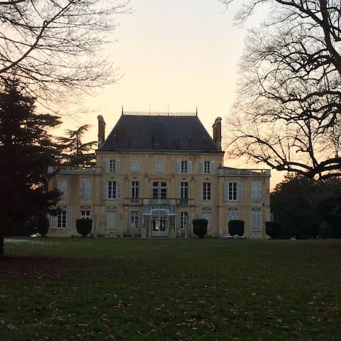 Appartement dans château en Bourgogne Val de Loire