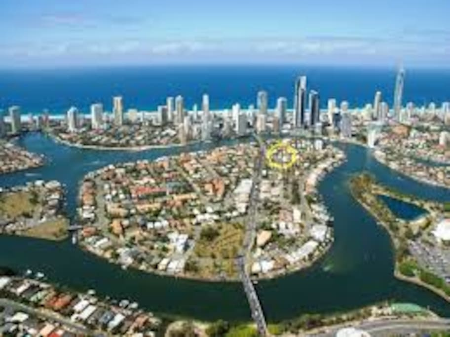 Chevron Island in Surfers Paradise