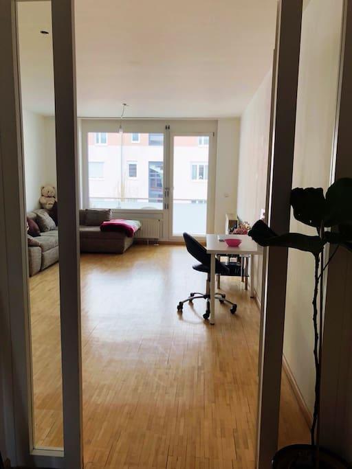 Your room / Dein Zimmer