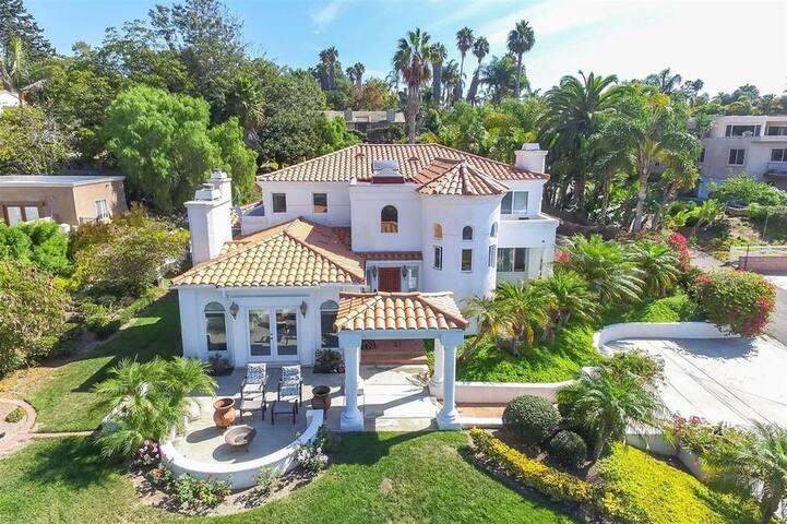 Mediterranean Estate by the Sea - Encinitas - Casa