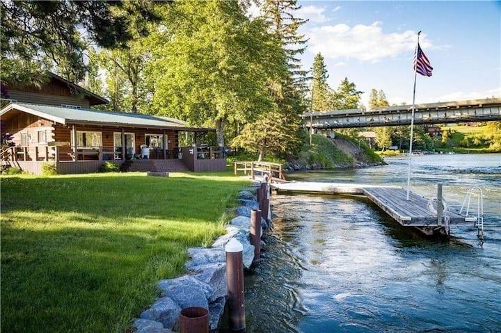 Rivers End Cabin on Flathead Lake, Walk To Bigfork