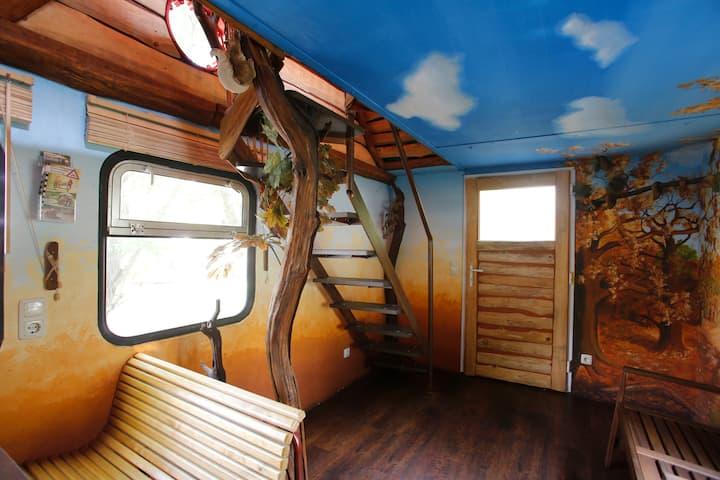 Doppelstock Ferienhaus auf Schienen