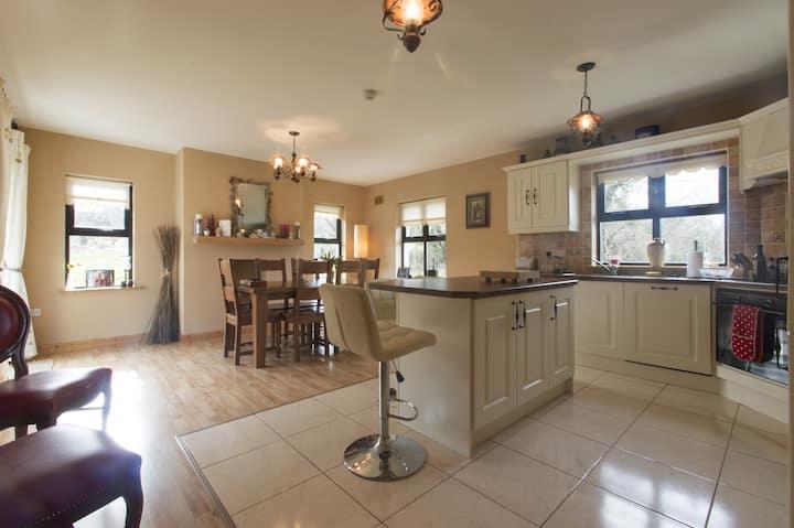 Kilsallagh House Room 1
