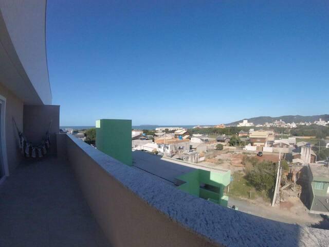 Duplex com 3 suites -100 m. da praia - Bombinhas