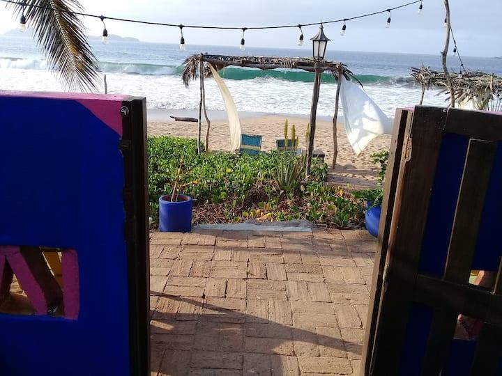 Oceanview Guestroom (Casa Punta Perula B&B)