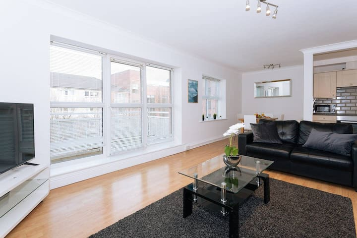 LOVELY 2BR FLAT IN THE HEART OF DUBLIN!