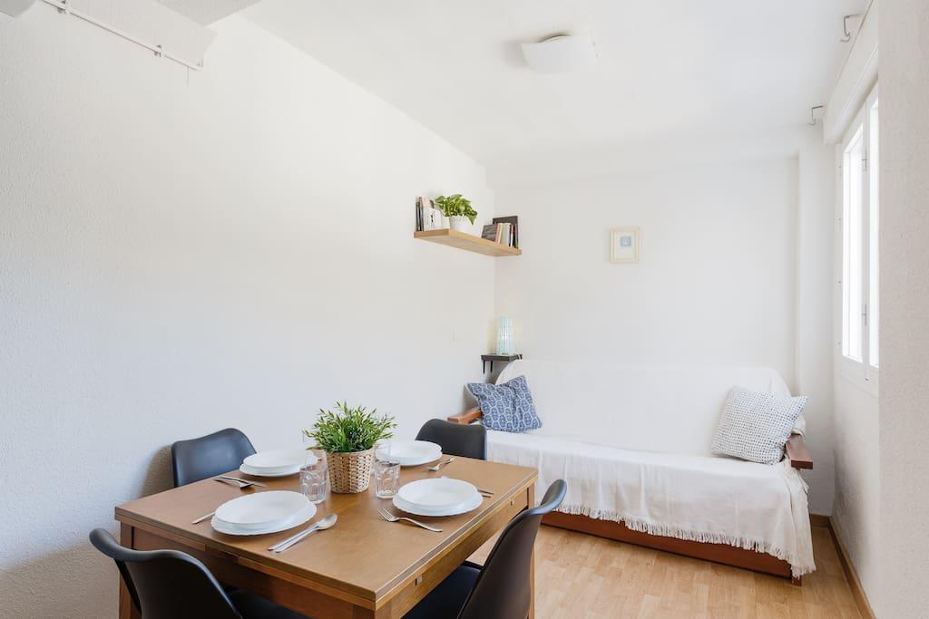 Salón-comedor/ Living room.