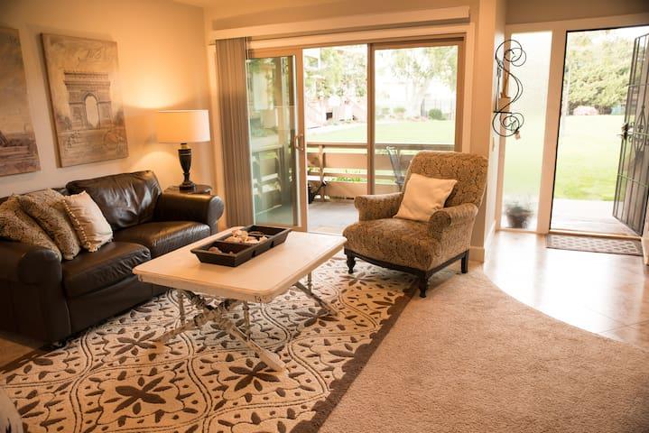 All New Point Loma San Diego 2/1 condo pool spa - San Diego - Apartamento