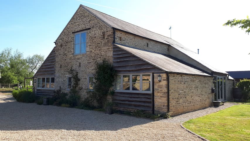 Smallholding Barn Conversion B&B - Two Rooms