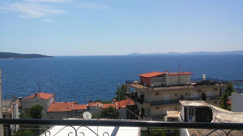 Μεζονέτα με θέα στη Θάλασσα