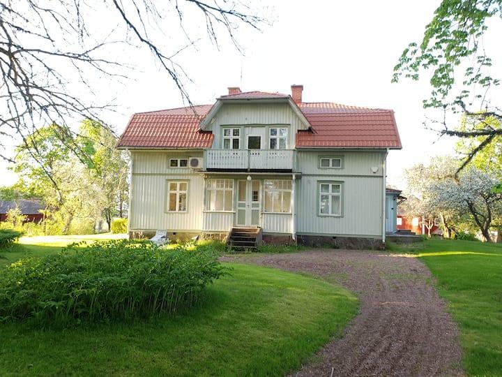 Charmigt äldre hus med mysig stil! På landet.