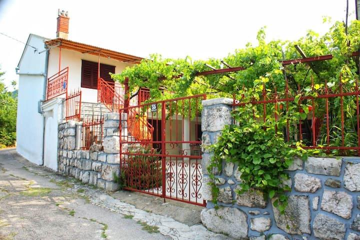 House Verica